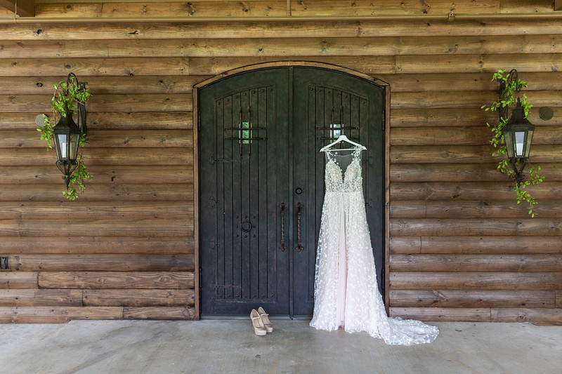 Daria_Ratliff_Photography_Styled_shoot_Perfect_Wedding_Guide_high_Res-5.jpg