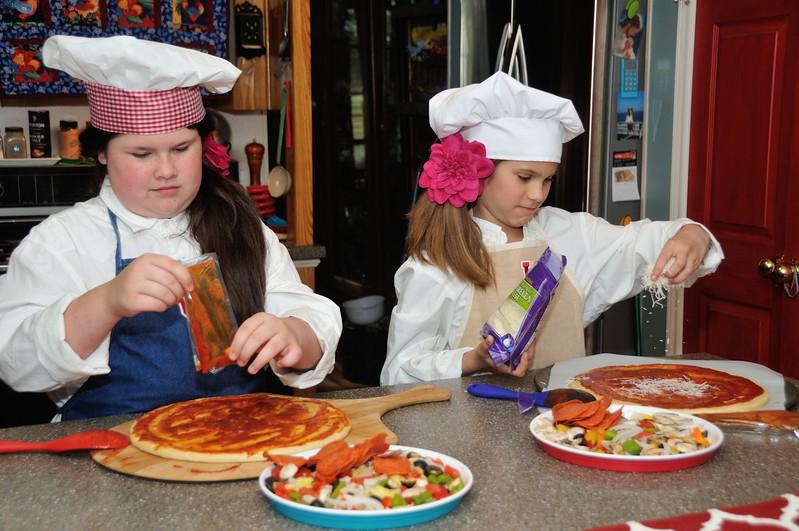 BBP_7651_031_Girl Cooks.jpg