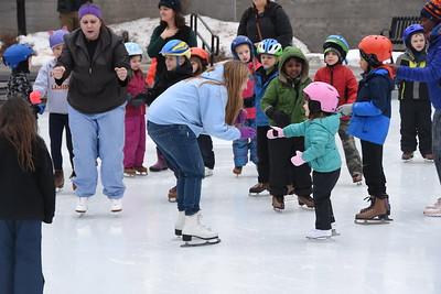 City hosts ice skating lessons at MLK Park. 1/27/2018