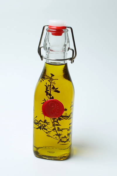 250 ml Lemon Thyme Infused Virgin Olive Oil $15