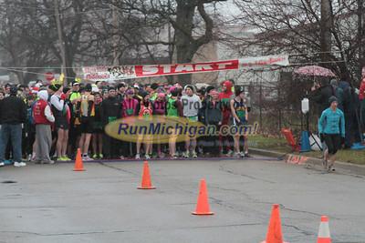 10K Start - 2012 Run Like the Dickens