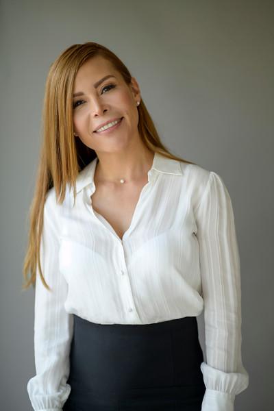 2021 Claudia BuenesRaices