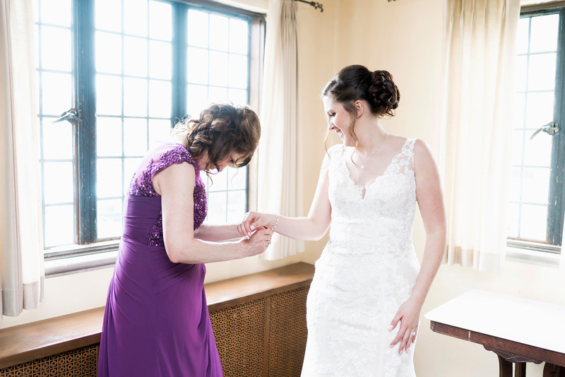 jamie-matt-wedding-at-packard-proving-grounds-intrigue-photography--63.jpg