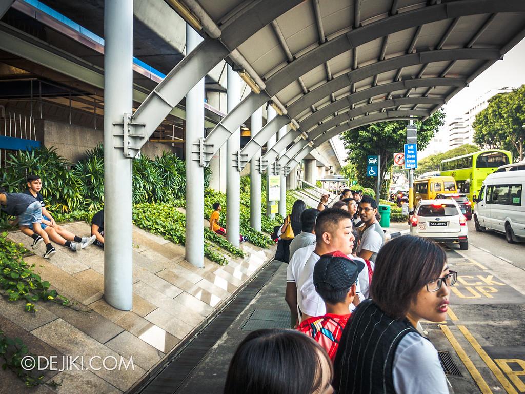 Singapore Zoo Rainforest Lumina - Mandai Khatib Shuttle bus stop