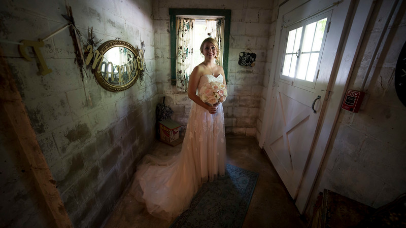 Garrett & Lisa Wedding (076).jpg