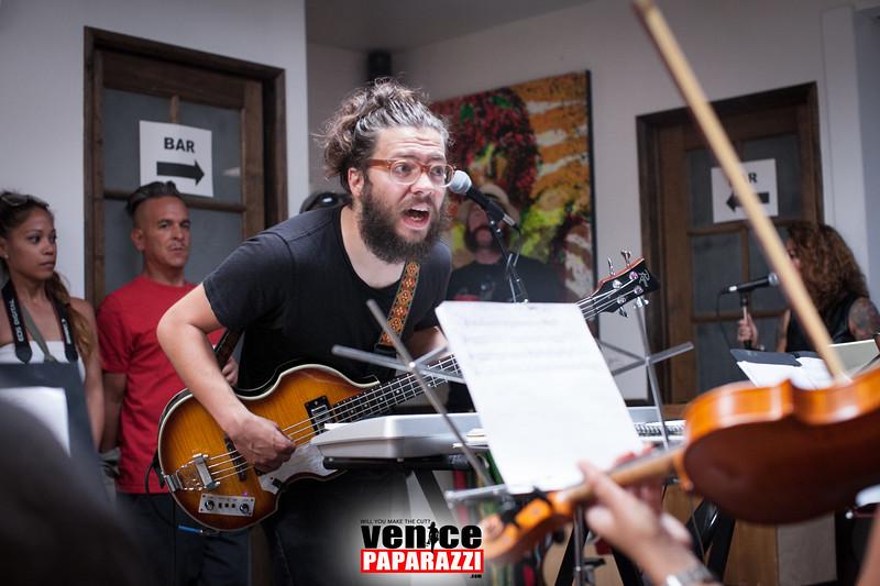 VenicePaparazzi-472.jpg