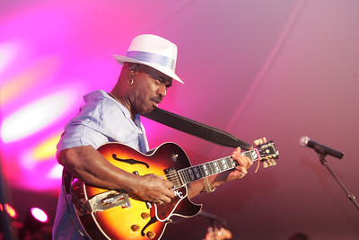 2012 Dauphin County Wine and Jazz Festival - Nick Colionne 9-8-12