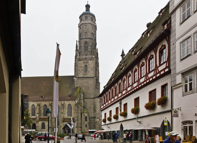 Nördlingen. St. Georg vom Rathaus gesehen
