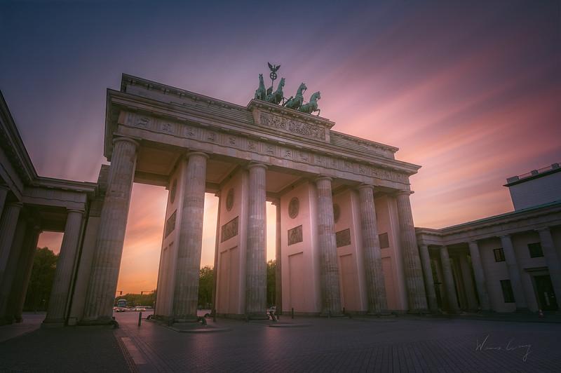 brandenburg-gate-sunset-long-exposure-2.jpg
