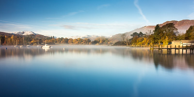 A misty autumn morning on lake Windermere