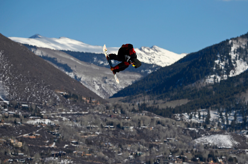 . Torstein Horgmo flies high over Aspen during the Men\'s Snowboard Slopestyle Elimination at the Winter X Games, January, 23 2014. The finals for the  Men\'s Snowboard Slopestyle will be held Saturday at Buttermilk Mountain. (Photo by RJ Sangosti/The Denver Post)