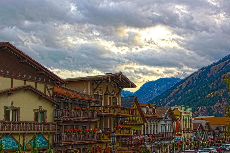 Downtown_Leavenwortj_HDR.jpg