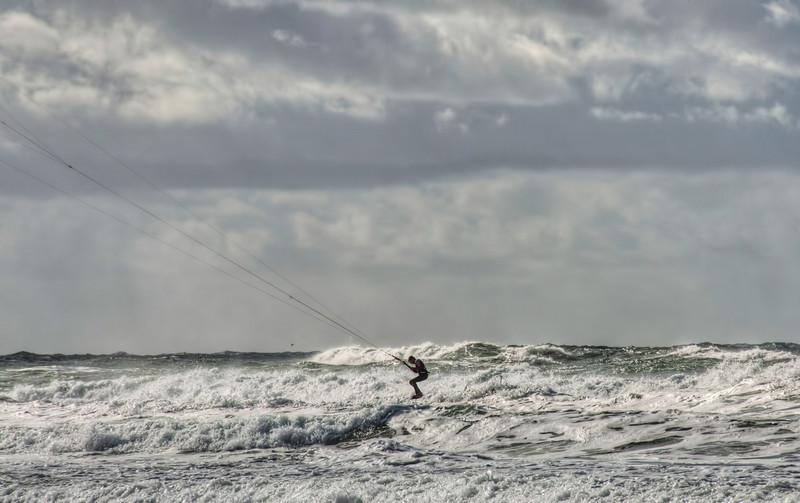 pacific-ocean-kite-surfing-5.jpg