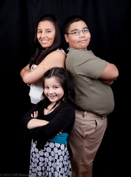Fuentes Family Portraits-8509.jpg