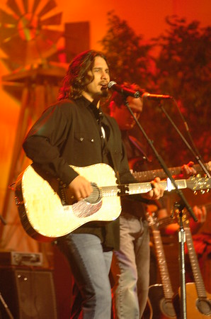 2004 Telethon & Auction