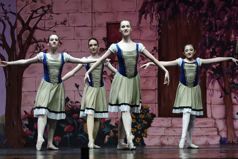 dance_050209_333.jpg