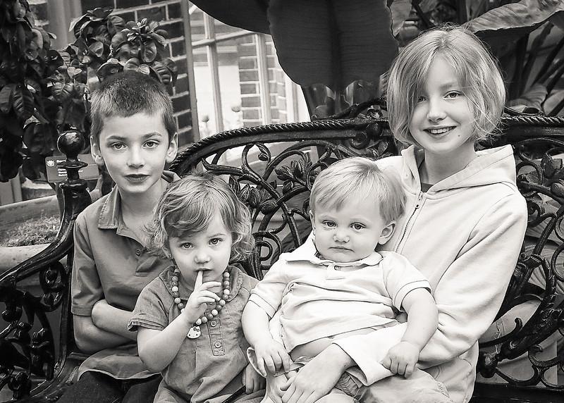 Kids! bw (1 of 1).jpg