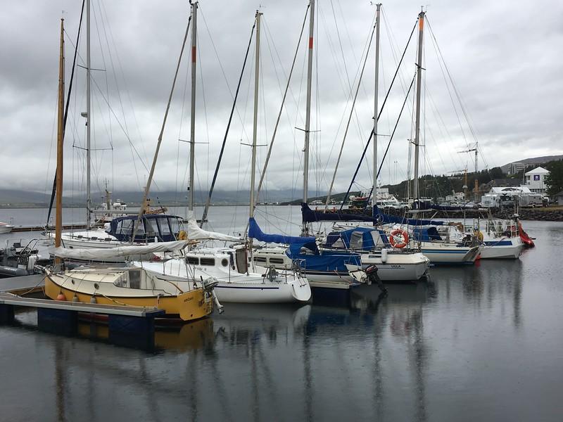 Harbor in Akureyri City.JPG