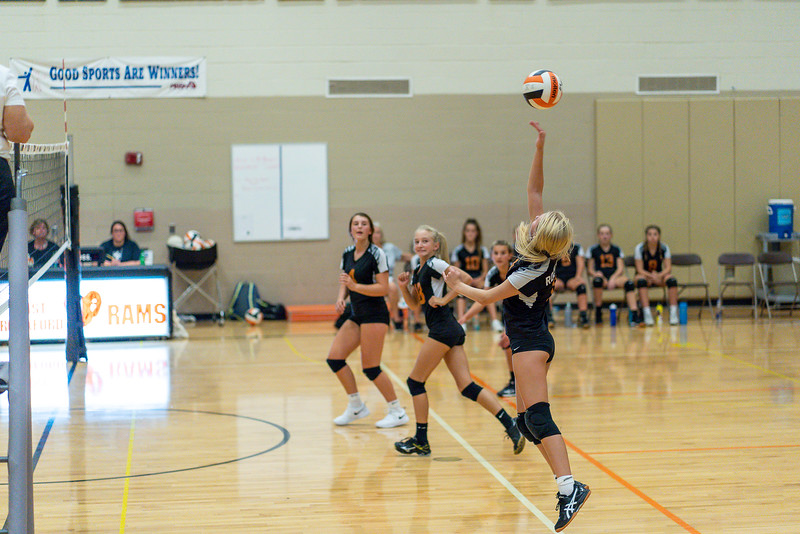 NRMS vs ERMS 8th Grade Volleyball 9.18.19-4984.jpg