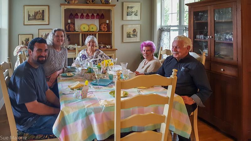 Easter with Deb Matthew and neighbors (22 of 25).jpg