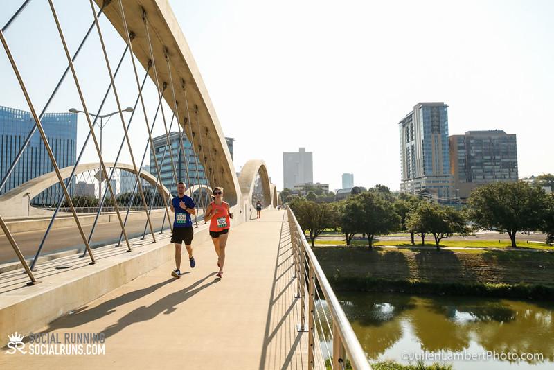 Fort Worth-Social Running_917-0294.jpg