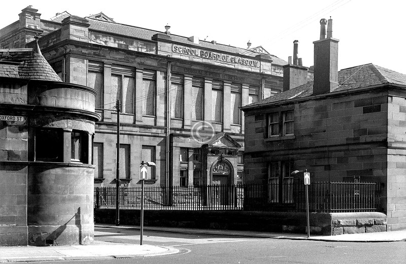 Buchan St and Oxford St.   Gorbals School.    April 1973