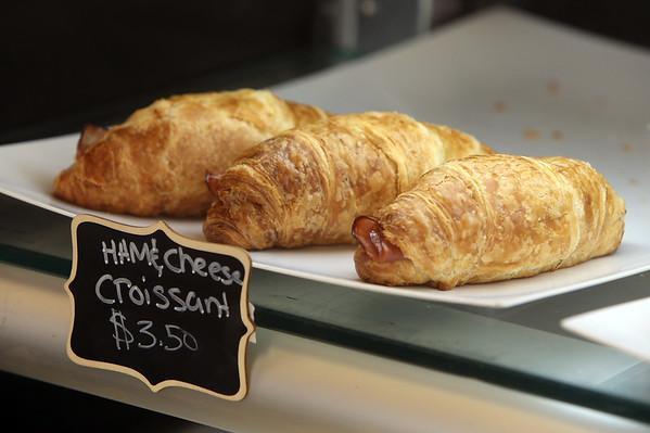 Sweet Luv Bakery in Dracut 032621