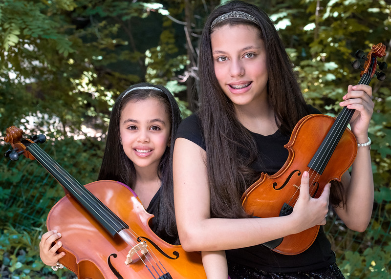 Isabella&Sophia.jpg