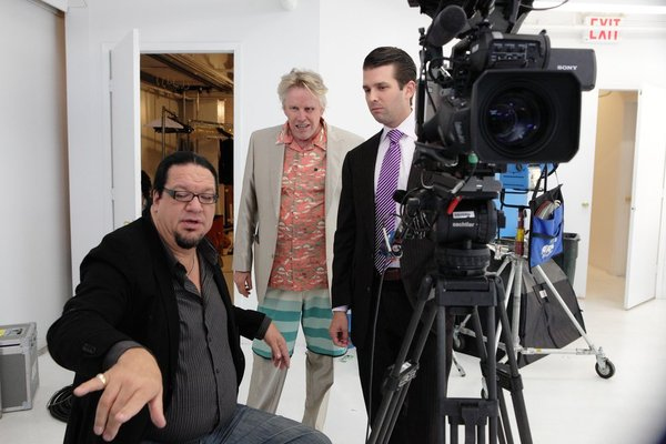 """. ALL-STAR CELEBRITY APPRENTICE -- \""""The First Leaf That Hits the Ground\"""" Episode 1307-- Pictured: (l-r) Penn Jillette, Gary Busey, Eric Trump -- (Photo by: Douglas Gorenstein/NBC)"""