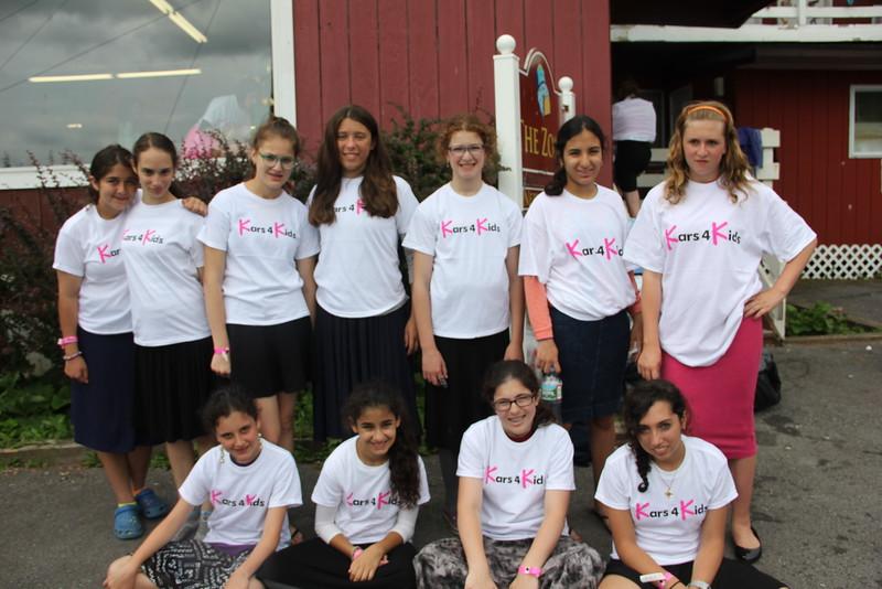 kars4kids_thezone_camp_GirlDivsion_Bunk&campers (46).JPG