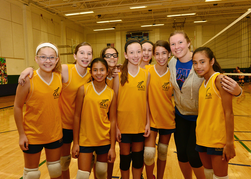 7thGrade Volleyball Team.jpg