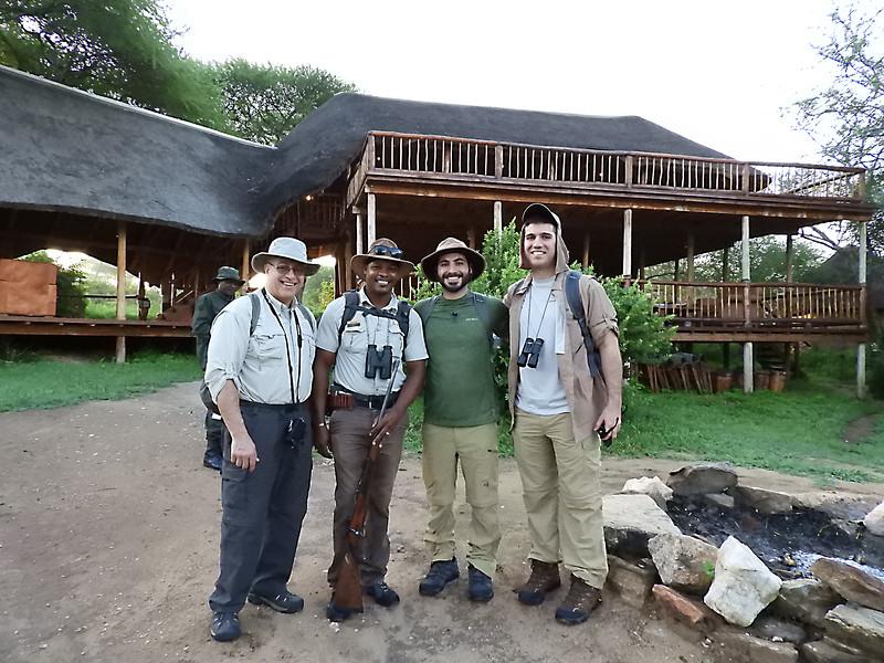 Walking Safari DSCN0260.jpg