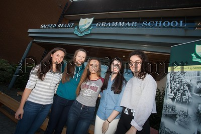 FRances Keenan, Emma Magee, Ciara McAteer, Emma Trainor and Keala Troy who attained 10 A* Grades at GCSE. R1635020