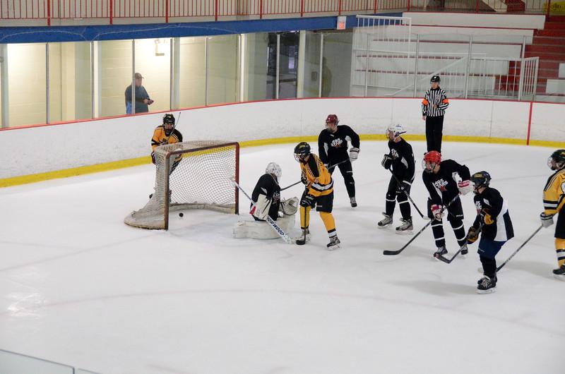 140913 Jr. Bruins vs. 495 Stars-121.JPG