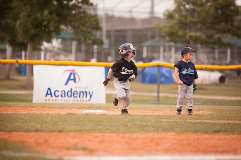 Younger Baseball-141.jpg