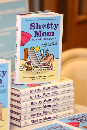2017 Author Night- Sh*tty Mom