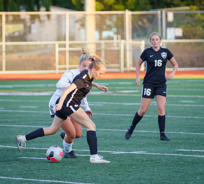 2019-10-01 JV Girls vs Snohomish 040.jpg