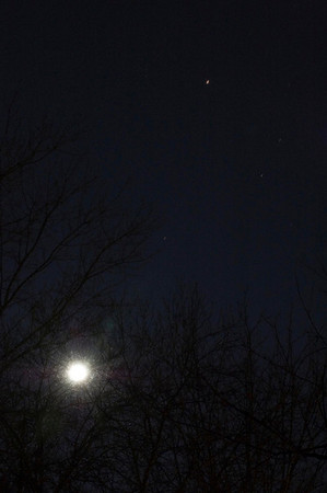 The Moon and Mars; 12/24/07