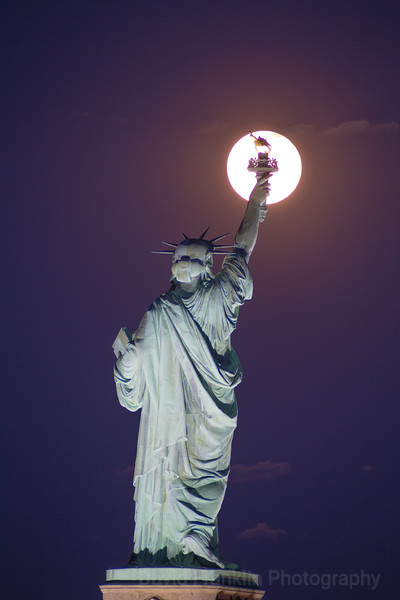 1706-MoonLadyLiberty-1800.jpg