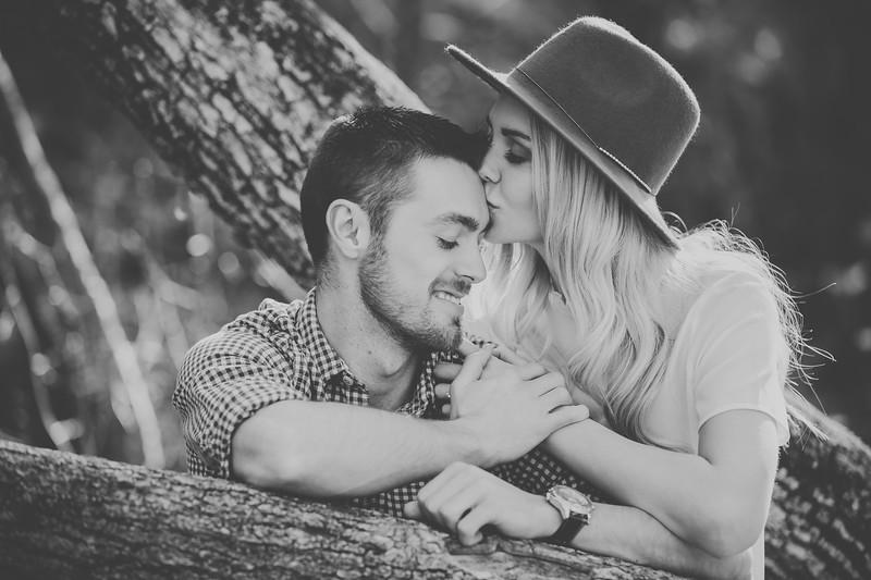 Engagement-055bw.jpg