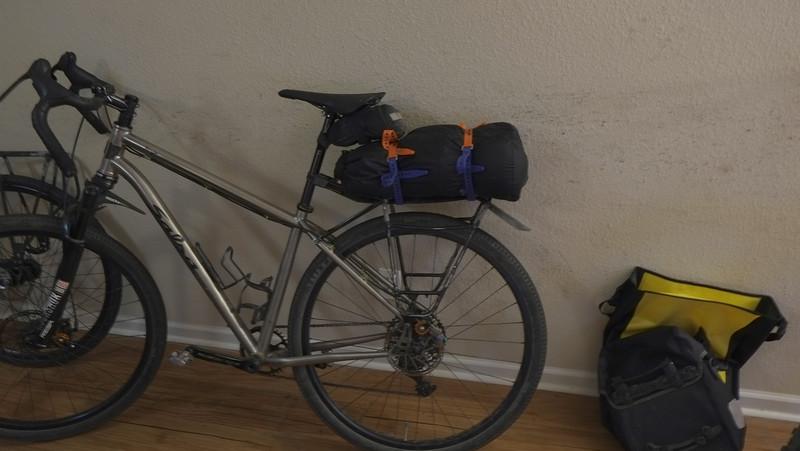 bike_with_tent.jpg