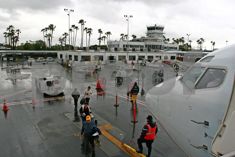 Long Beach Airport 8649.jpg