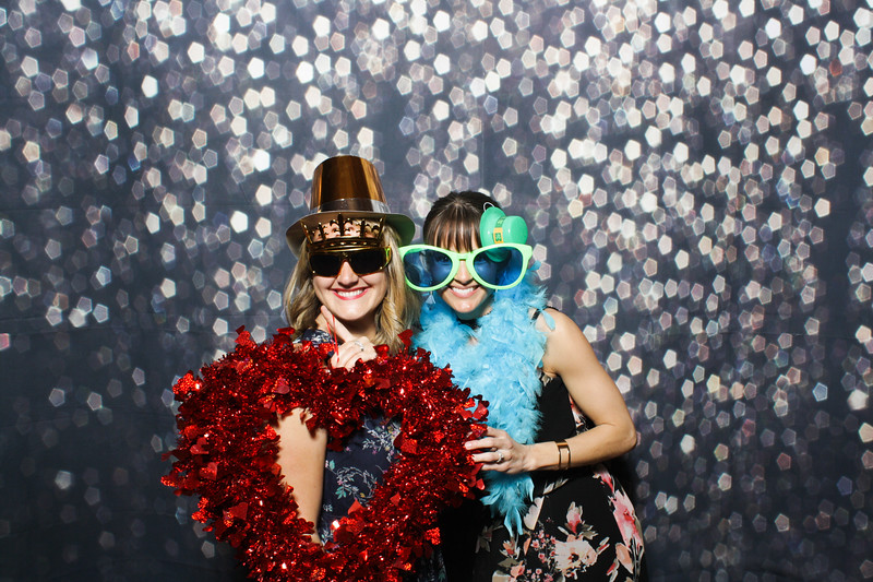 SavannahRyanWeddingPhotobooth-0118.jpg