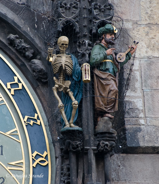Figures on the Astrological Clock