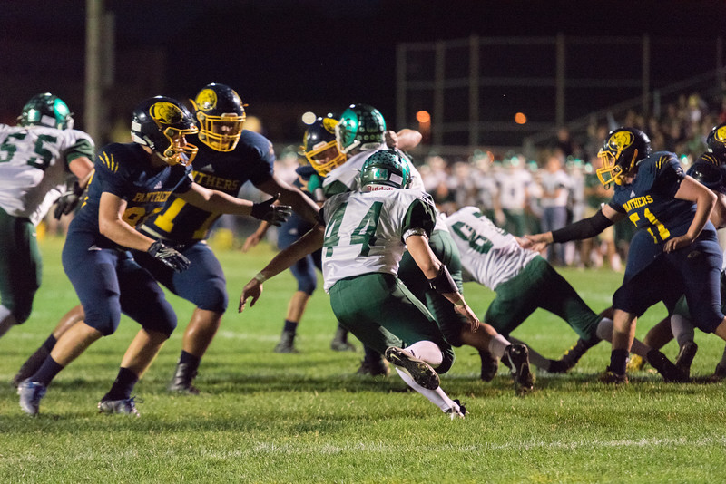 Wk4 vs Round Lake September 15, 2017-44.jpg