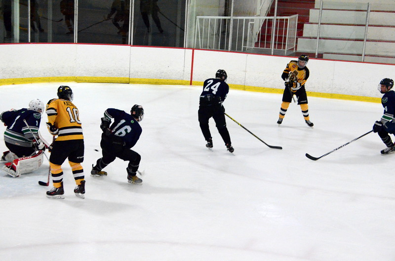 150907 Jr. Bruins vs. Whalers-022.JPG