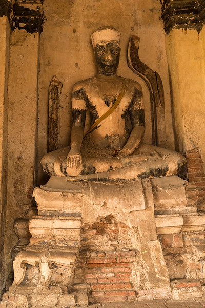 Wat Yai Chaimongkol (8 of 9).jpg