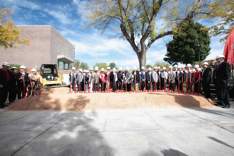 SCIENCE BUILDING GROUND BREAKING 2019-8898-Edit.jpg