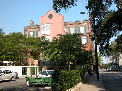 President Quarters Inn