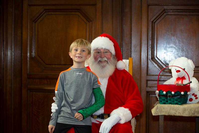 9979 FC Staff & Family Christmas Party-Hird,J.jpg